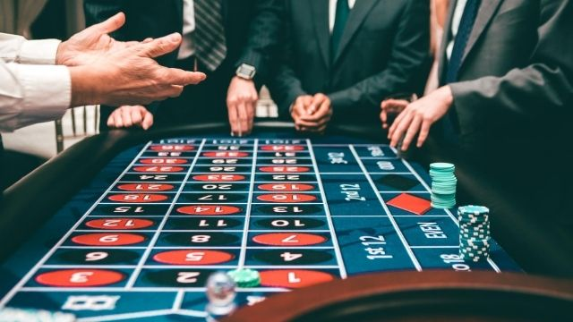 How to Play Online Roulette bets